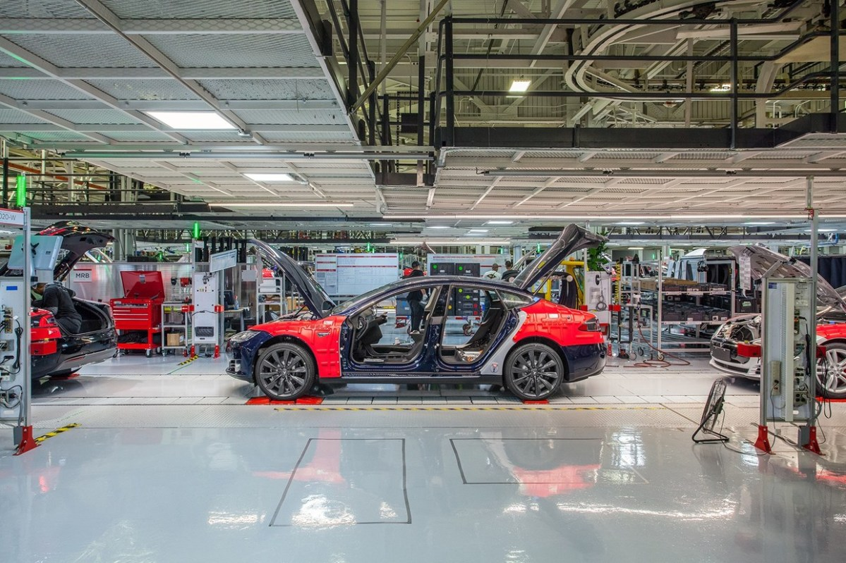 New Tesla Gigafactory Looks At Prague, Czech Republic